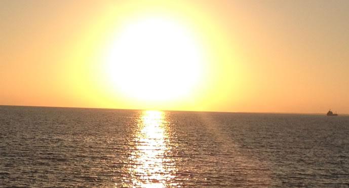 海の写真【1】/沖縄のフリー素材