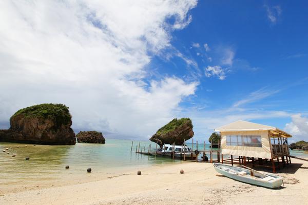 【沖縄南部のビーチ】癒されるの間違いない!新原(みーばる)ビーチ