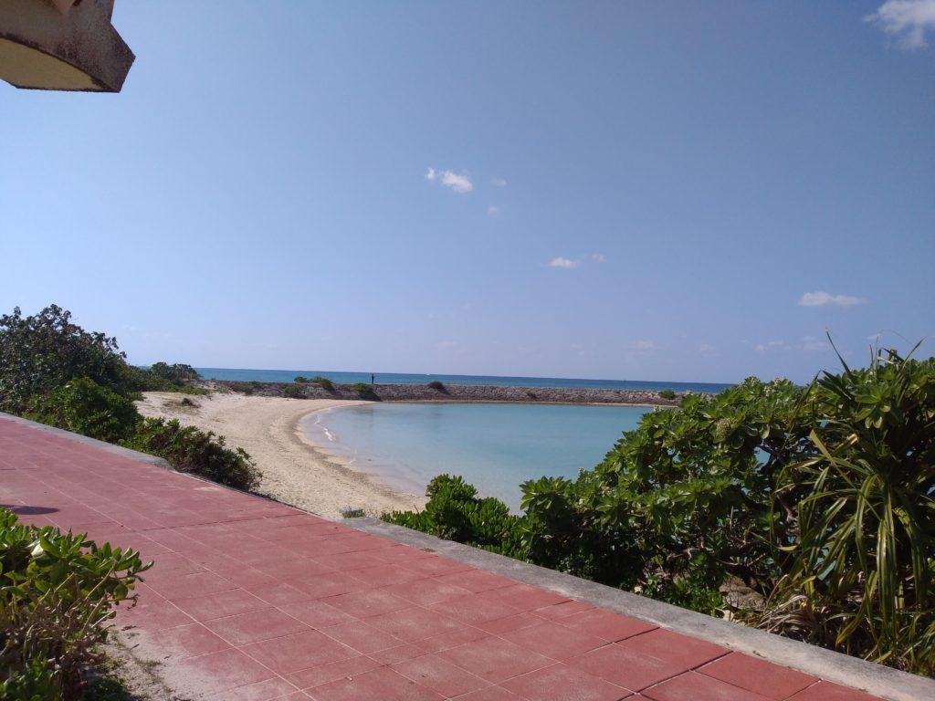 潮崎ビーチが目の前!糸満にある南浜公園