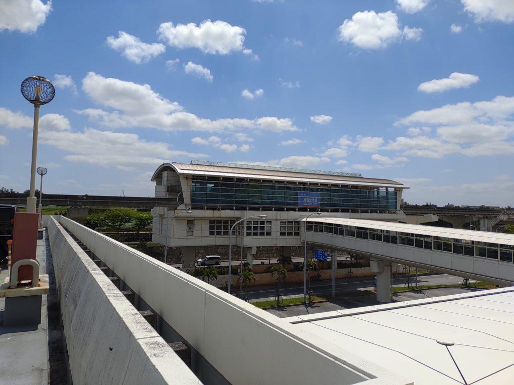那覇空港周辺の駐車場|駐車場料金と使い易さにについて